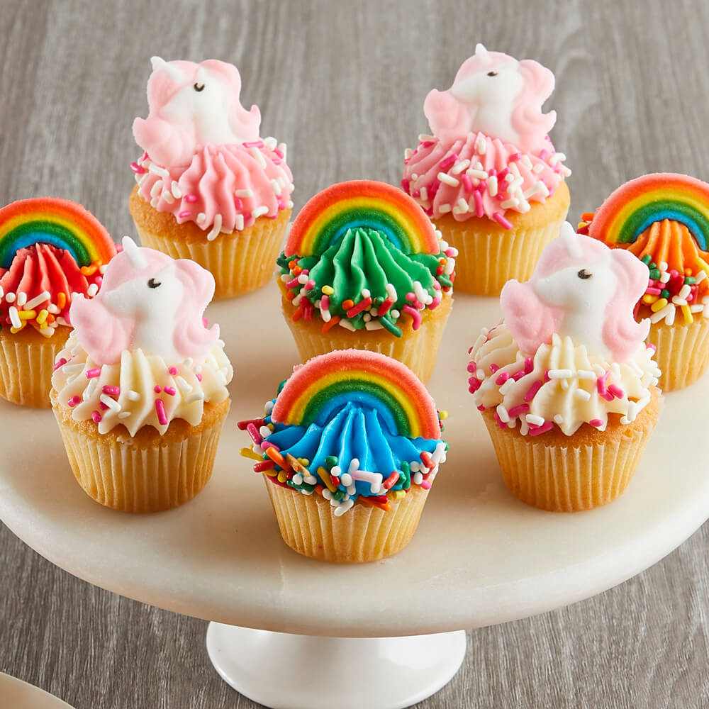 Mini Rainbows and Unicorns Cupcakes